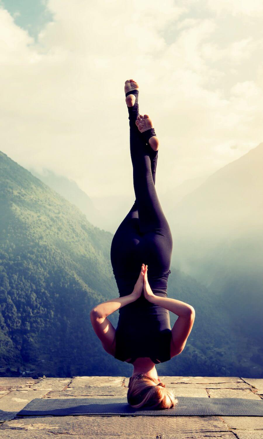 yoga mountain backgound